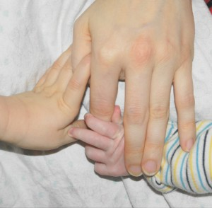 Mutterliebe ganznormalemama Songtexte Babyhände