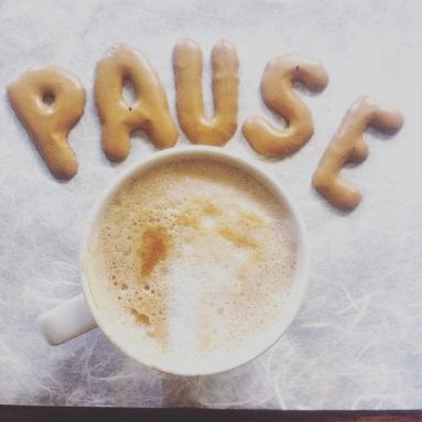 Schlafmangel, Durchschlafen, Kaffee, Cappuccino