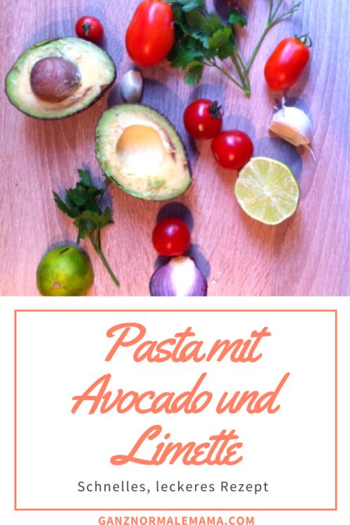 Schnelles Rezept für Pasta mit Avocado, Tomaten, Limette, Knoblauch und Petersilie. Schnell zu kochen, gesund, vegetarisch, vegan und schmeckt auch Kindern. Ideal für die Sommerküche!