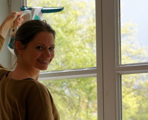Wir haben ein neues Hobby: Fensterputzen mit dem Leifheit ...