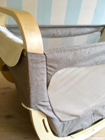 unsere babyausstattung nimmt formen an die babywiege lool von amazonas ist eingezogen ganz. Black Bedroom Furniture Sets. Home Design Ideas